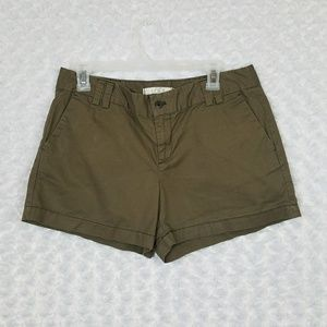 LOFT Size 8 Shorts Olive Green 3.5 inches